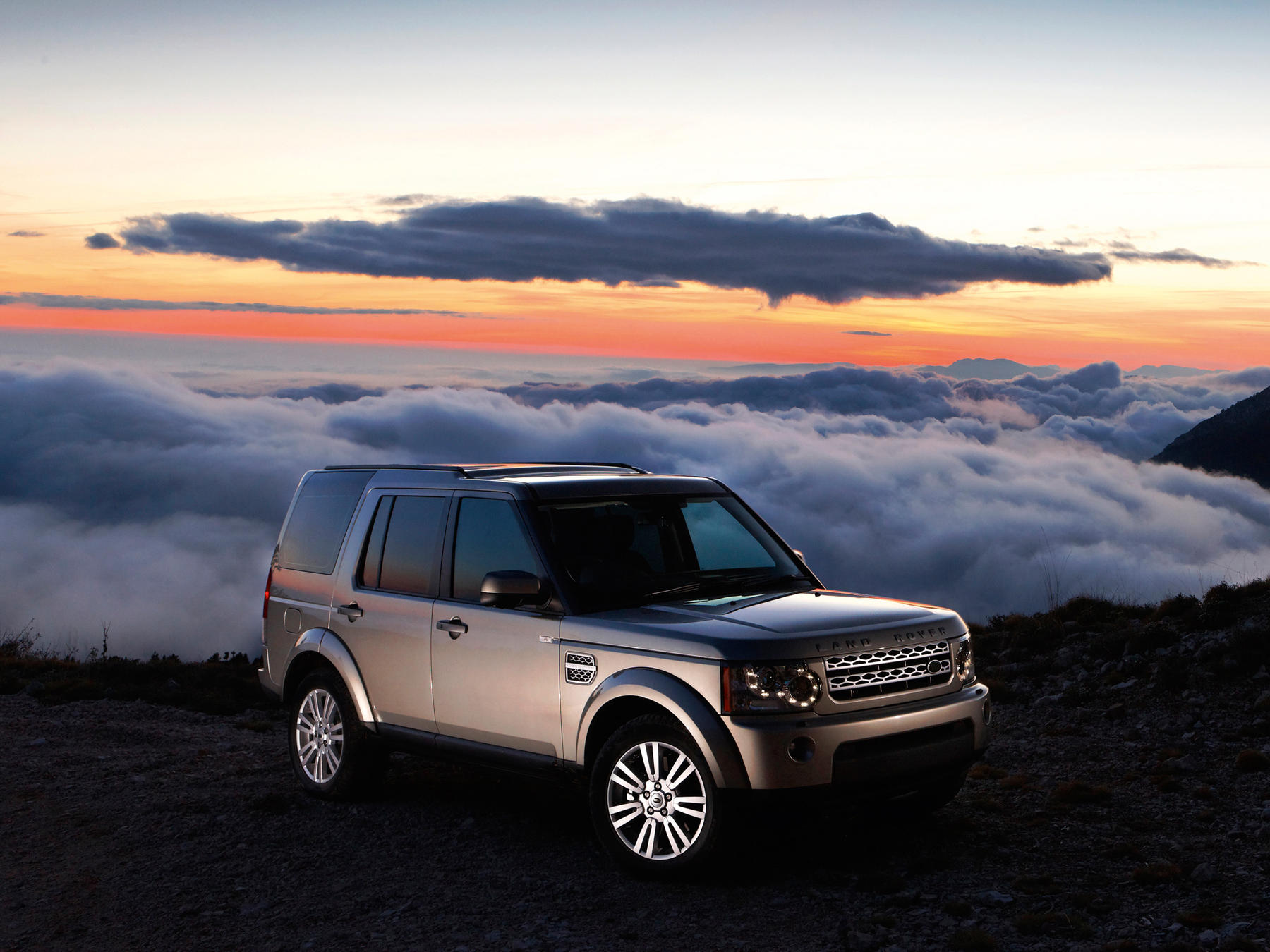Land rover discovery wins scottish coty award - photos (1 of 5)
