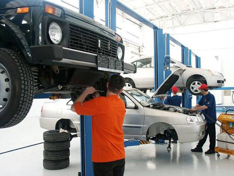 ремонте автомобилей техническом безопасность при и обслуживании